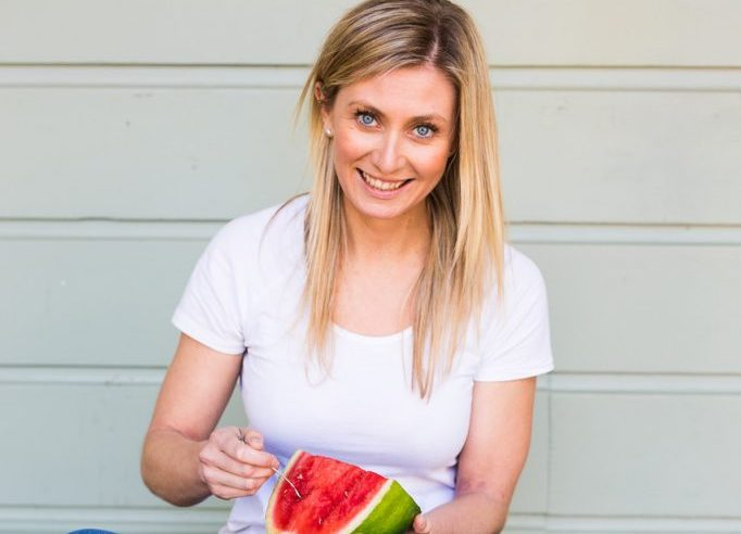 Chloe McLeod, advanced sports dietitian, author and specialist in IBS management and gut health